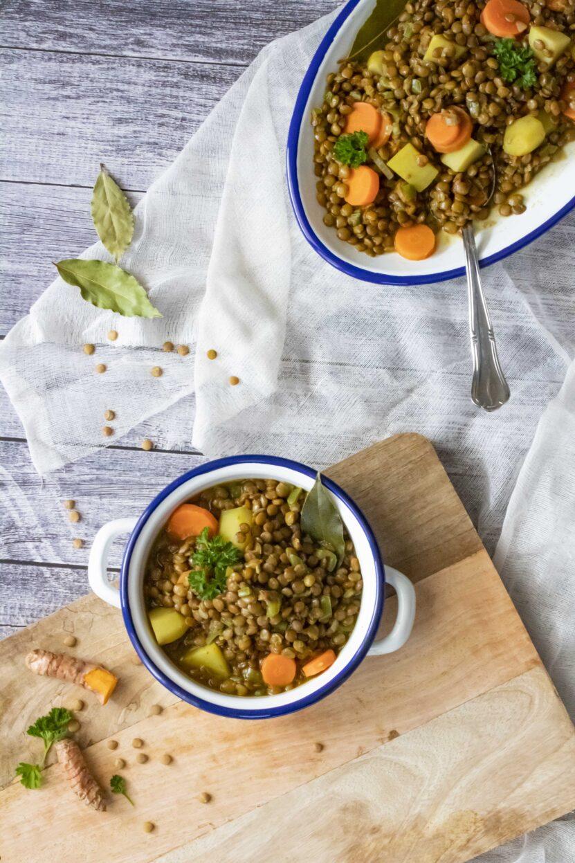 Een typisch spaans stoofpotje van linzen en groenten.